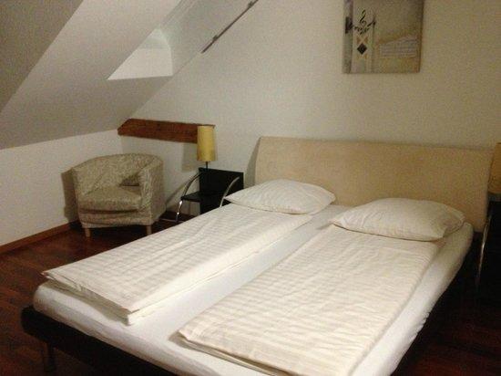 Guesthouse Anwandstrasse: room