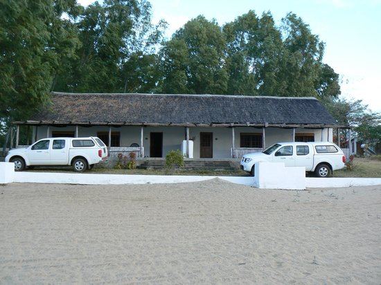 Fish Eagle Bay Lodge: The self catering cottage