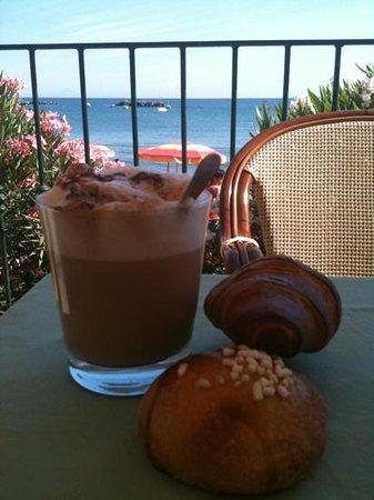 Hotel Rivamare: colazione in terrazza da paura!!