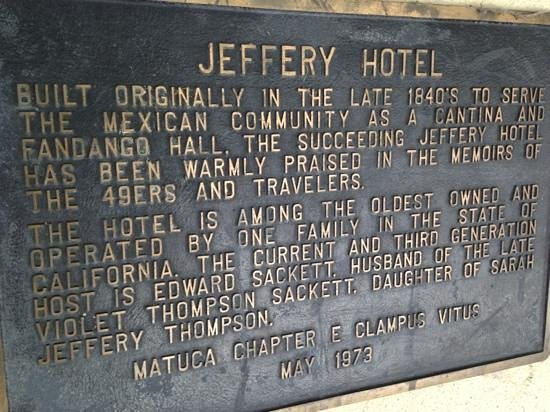 Hotel Jeffery: Add a caption