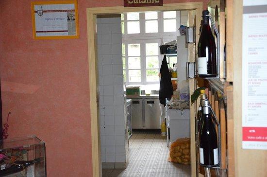 Hotel Le Natural: coup d'oeil sur la cuisine