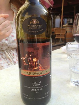 Cafe Caravaggio: The local Caravaggio Superior Merlot 2011 wine