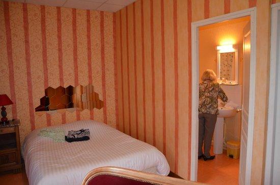 Hotel Le Natural: ch4 côté sdb