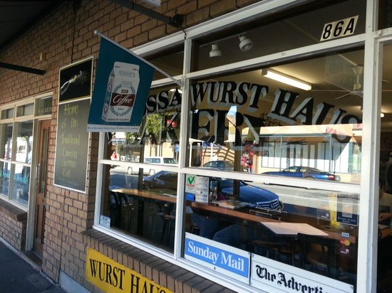 http://www.tripadvisor.com.au/LocationPhotoDirectLink-g495039-d1107602-i68303509-Die_Barossa_Wurst_Haus_Bakery-Tanunda_Barossa_Valley_South_Australia.html#68303509