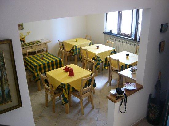 B&B Nonna Alda : sala colazioni
