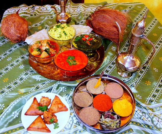 Meenachee's North & South Indian Cuisine: various assortments