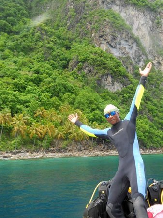 Island Divers : Lester, our Divemaster