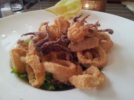 Lola Spanisches Tapas Restaurant: Calamares fritos