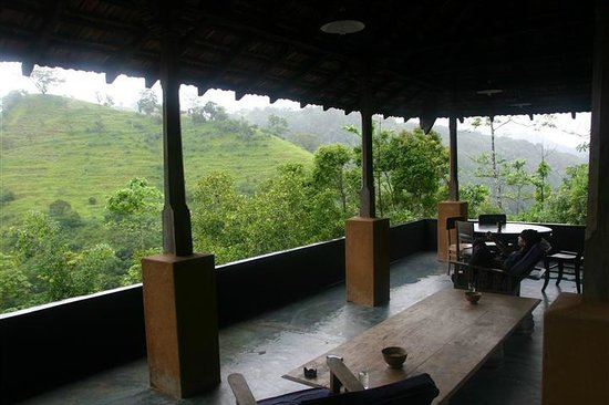 Kandy Samadhi Centre: Patio of private room