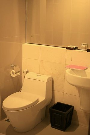 Toilette Modern modern toilette picture of quin colombo hotel yogyakarta