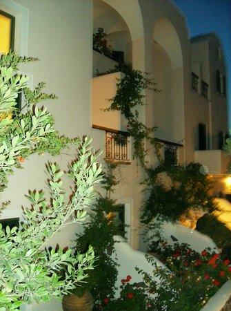 Costa Marina Villas: Rear view of the property; balcony