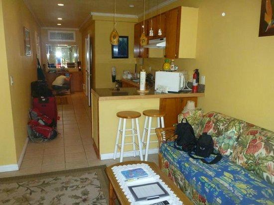 Maui Homestay B&B : Küche mit Essecke