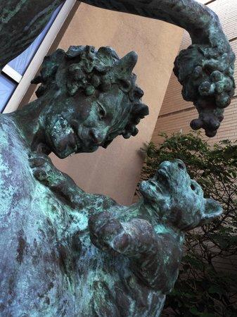 Cedar Rapids Museum of Art: Sculpture