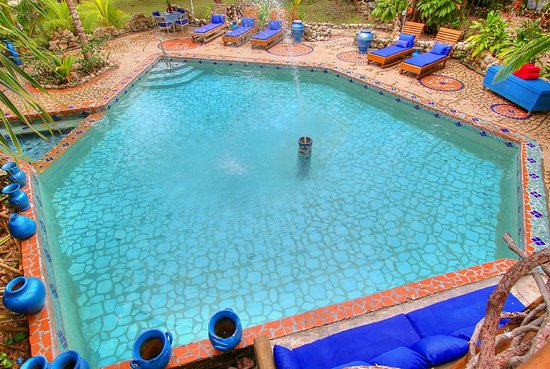 Maruba Resort Jungle Spa: fountain of eden pool