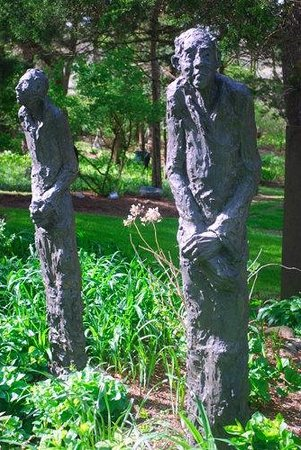 Giving Tree Gallery and Sculpture Garden: Giving Tree Gardens