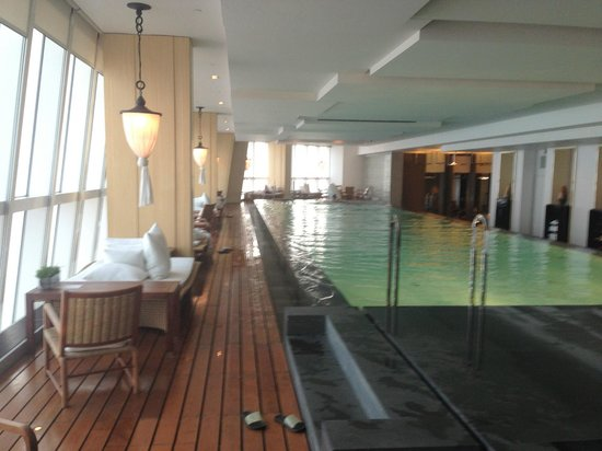 Park Hyatt Shanghai: Pool area