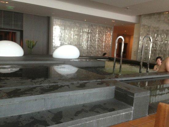 Park Hyatt Shanghai: Jacuzy