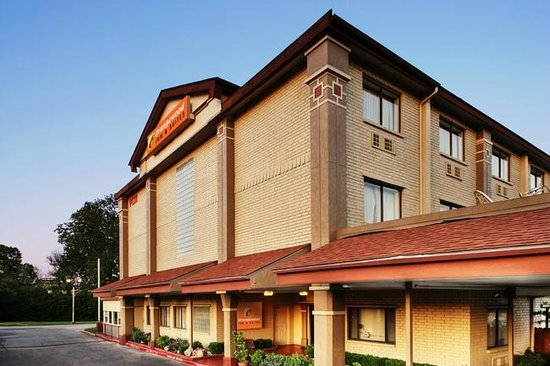 Orangewood Inn and Suites Austin North : Welcome to Orangewood Inn & Suites Hotel Austin