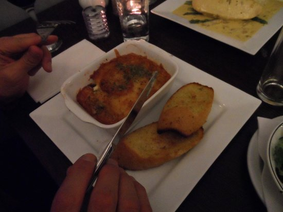 Orient Express Cafe & Restaurant: Vegetable Moussaka - served with perfect garlic bread