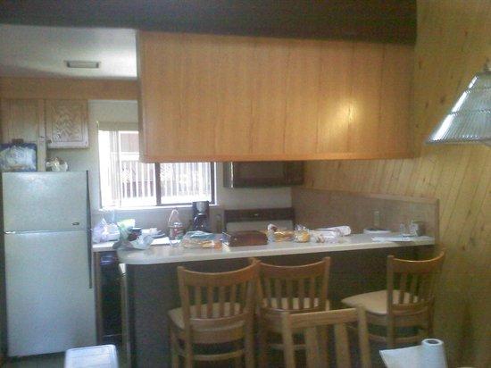 Club Tahoe Resort : Kitchen