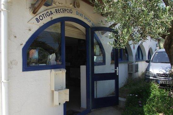 Aiguablava dive center: Entada del centro