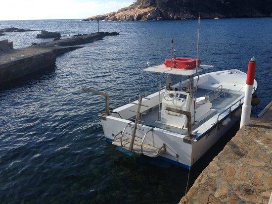 Aiguablava dive center: Barca por ir a bucear