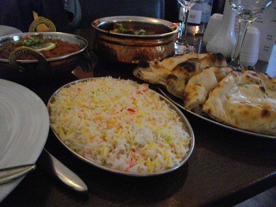 Mela Spice Fusion: Basmati Rice and Garlic Naan