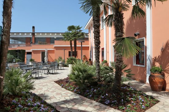 Hotel Veronello : garden