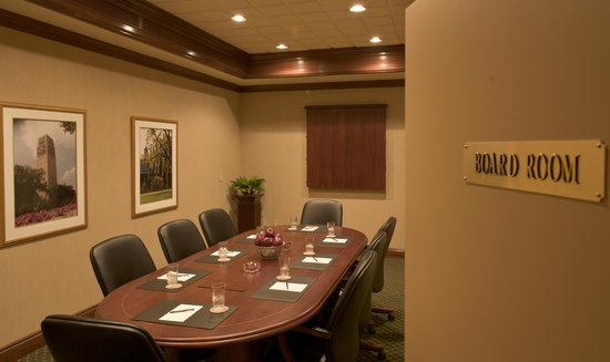 Bell Tower Hotel: Executive Boardroom