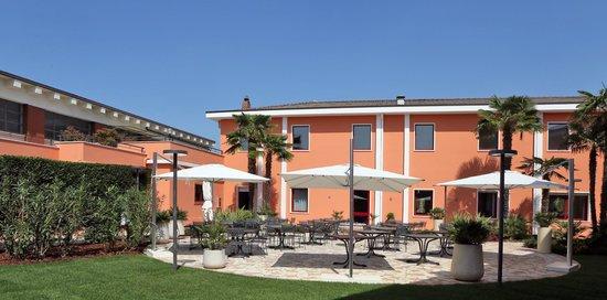Hotel Veronello: dehor