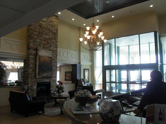 Admiral Inn & Suites: lobby