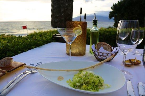 Ferraro's Bar e Ristorante: The perfect Caeser salad