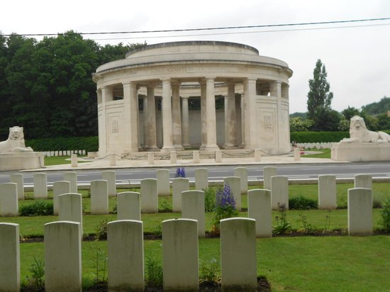 ‪The Ploegsteert Memorial‬