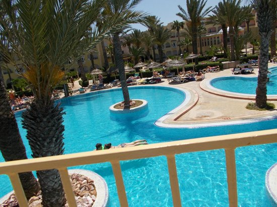 Houda Golf and Beach Club: Pool area