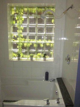 B & B Le Soleil Nordique : Bath - Shower