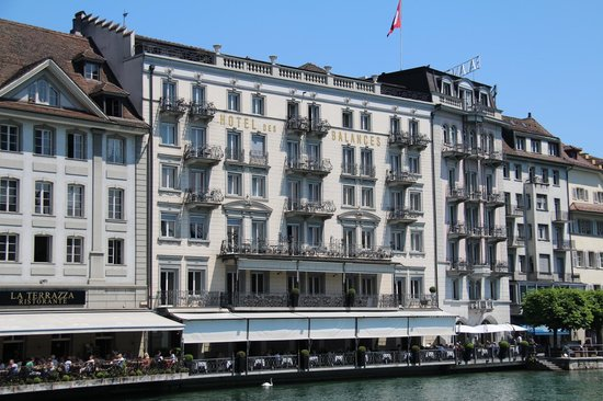 Hotel des Balances from across the river