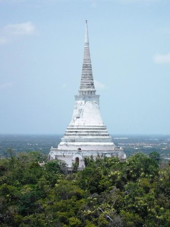 Phetchaburi - Picture of Khao Wang (Phra Nakhon Khiri Historical Park), Phetc...