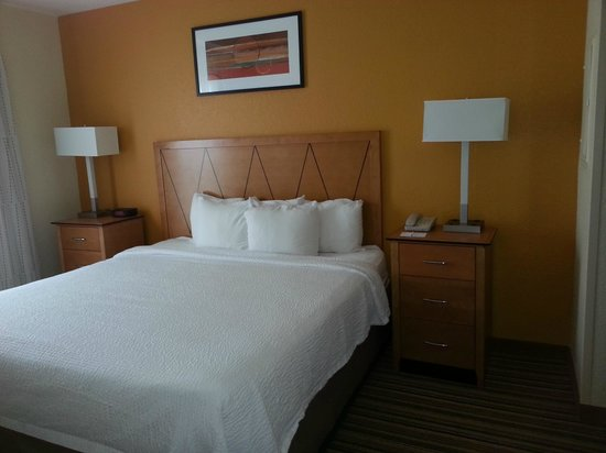 Residence Inn Cape Canaveral Cocoa Beach: King Bed