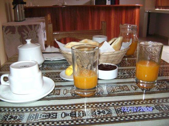 Hotel Inkas Inn Cusco: Breakfast - freshly squeezed orange juice