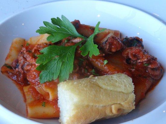 pacchetti di pasta fresca con moscardini al pomodoro - picture of ... - Hotel Bel Soggiorno San Gimignano Tripadvisor
