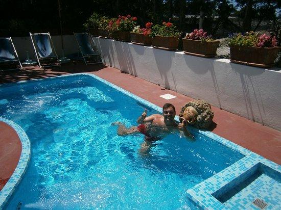 Hotel Park Calitto: piscina con idromassaggio