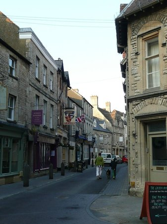 Pubs in blackjack street cirencester geant casino bourges saint doulchard
