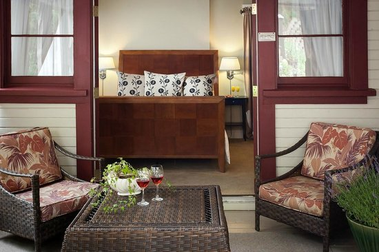The Craftsman Inn: The Diamond Room at our B&B in Calistoga
