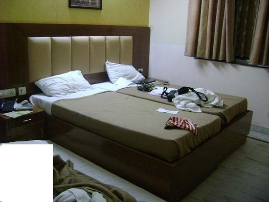 Hotel Lohmod: Linen is third grade and not the one shown in website