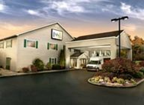 Verona, NY: The Inn at Turning Stone - offering complementary shuttle service to the resort