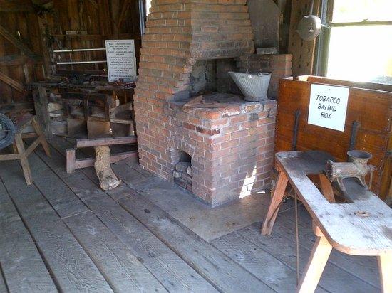 The Amish Village: workshop