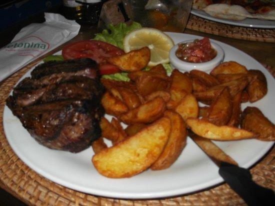 Cletonina: Juiciest Steak I have ever had!