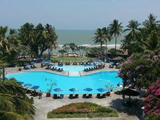 The Regent Cha Am Beach Resort: pool view