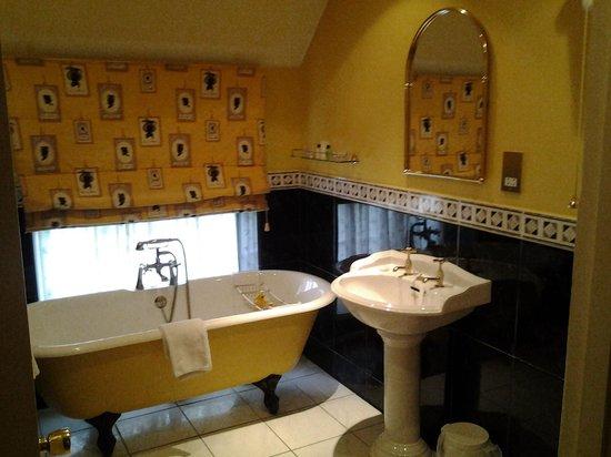 The Hunters Rest Inn : Room 1 - Bathroom