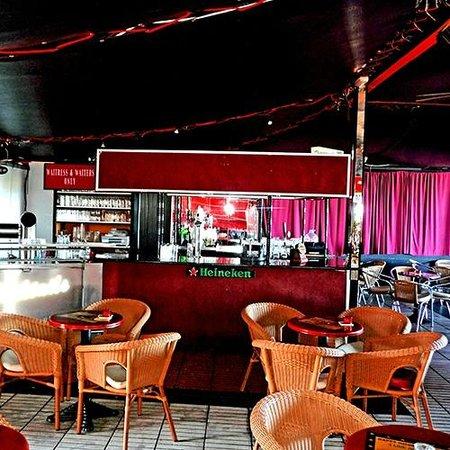 Barbacoa Restaurant & Showbar: Barbacoa Show Bar - Bar area
